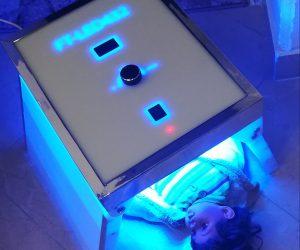 نور دستگاه فتوتراپی برای چشم نوزاد