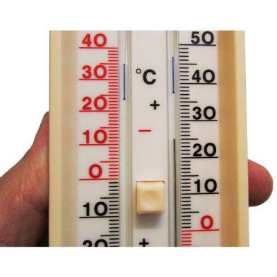 دمای اتاق برای زردی نوزاد